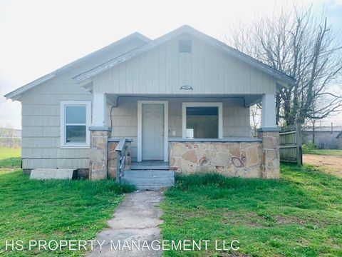 Photo of 1850 N Weller Ave, Springfield, MO 65803