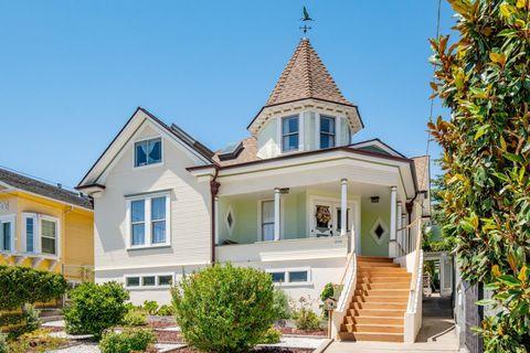 298 Larkin St, Monterey, CA 93940
