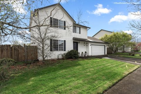 Photo of 1414 Primrose Ln, Forest Grove, OR 97116