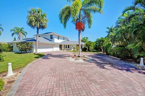 satellite beach fl houses for sale with swimming pool realtor com rh realtor com