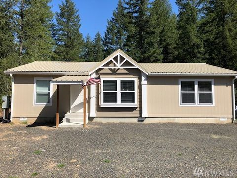 Photo of 111 Heslen Rd, Carson, WA 98610