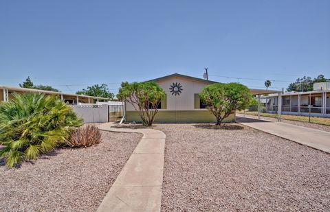 Photo of 19049 N Mark Ln, Sun City, AZ 85373