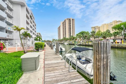 Photo of 1650 Ne 115th St Apt 403, Miami, FL 33181