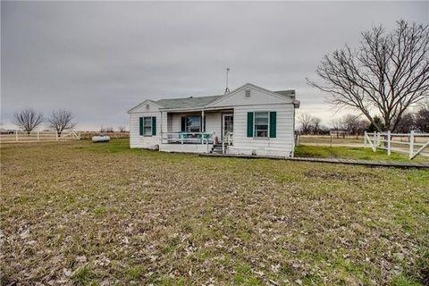 Photo of 204 Bobs Run Rd, Ferris, TX 75125