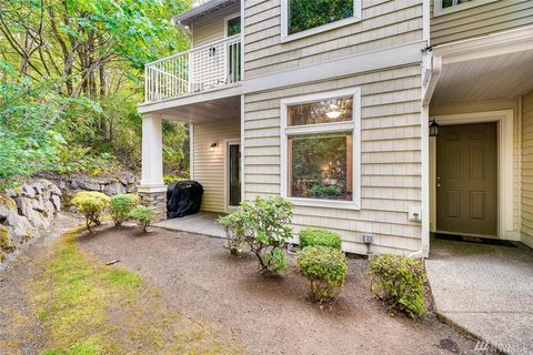 West Seattle, WA Condos & Townhomes for Sale - realtor com®