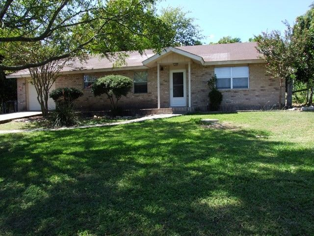 105 oakridge dr kerrville tx 78028 home for sale