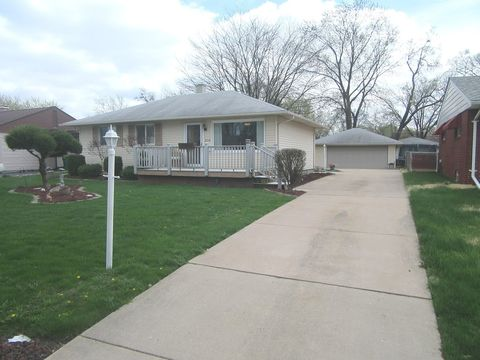 Photo of 2318 Webster Ave, Joliet, IL 60436