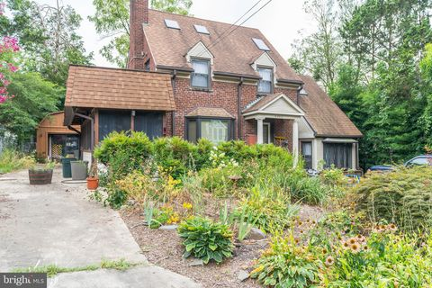 Prime 22205 Real Estate Homes For Sale Realtor Com Interior Design Ideas Helimdqseriescom