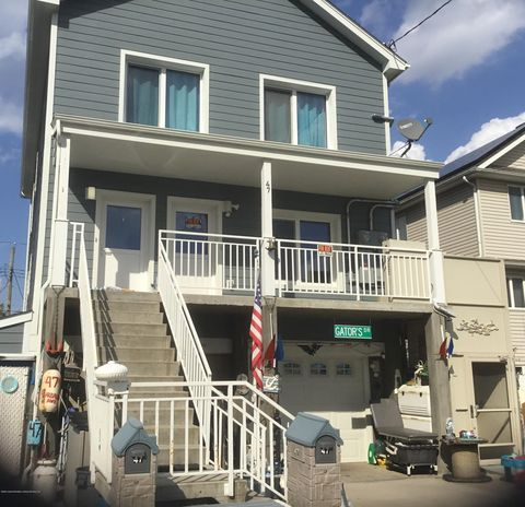 Photo of 47 Garibaldi Ave, Staten Island, NY 10306