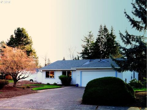 Photo of 863 Ne Hood St, Hillsboro, OR 97124