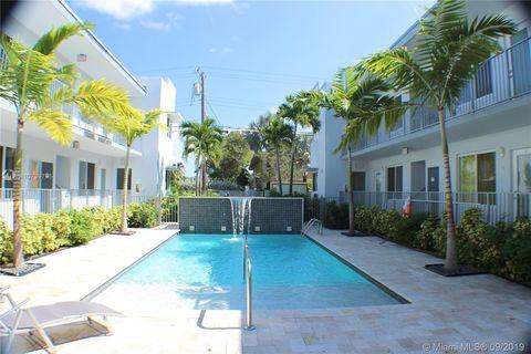 Photo of 315 S Shore Dr Apt 3, Miami Beach, FL 33141