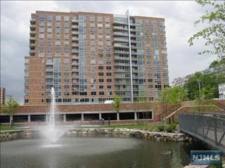 1728 Hudson Park, Edgewater, NJ 07020
