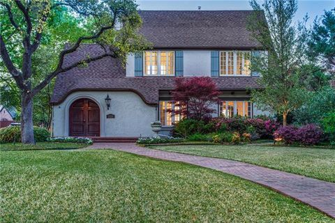 Photo of 3220 Beverly Dr, Highland Park, TX 75205