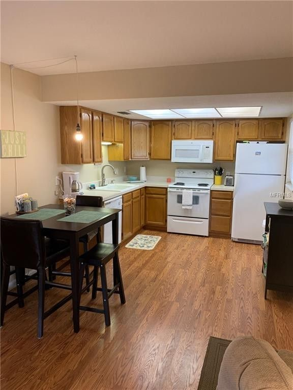 Condo For Rent 370 Base Ave E Apt 204 Venice Fl 34285 Realtorcom