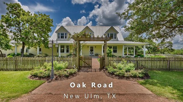 22987 Oak Rd New Ulm Tx 78950 Realtor Com