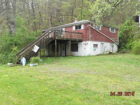 103 Valleyview Dr, Hopewell, PA 15001