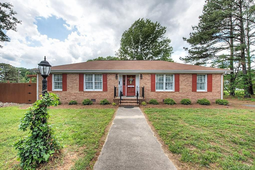 12512 Courthouse Rd Dinwiddie, VA 23841