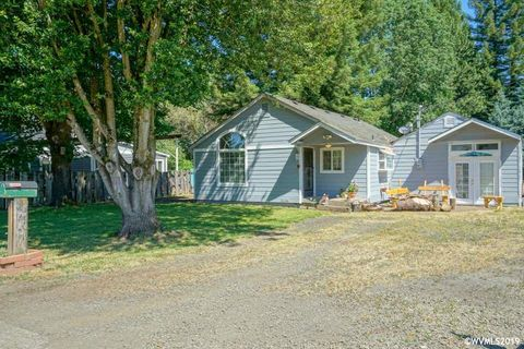 Photo of 3605 Adah Ave Ne, Albany, OR 97322