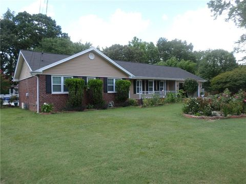 Surprising Snellville Ga Houses For Sale With Swimming Pool Realtor Com Home Remodeling Inspirations Propsscottssportslandcom