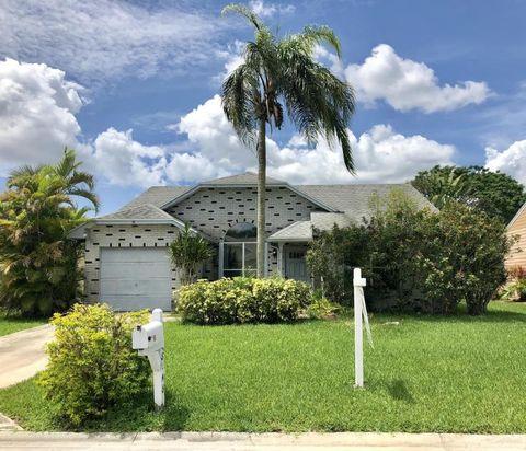 8148 Cedar Hollow Ln, Boca Raton, FL 33433