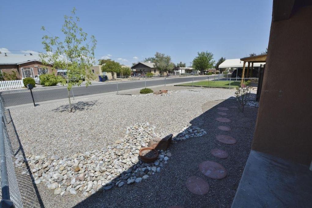 2626 Graceland Dr Ne, Albuquerque, NM 87110