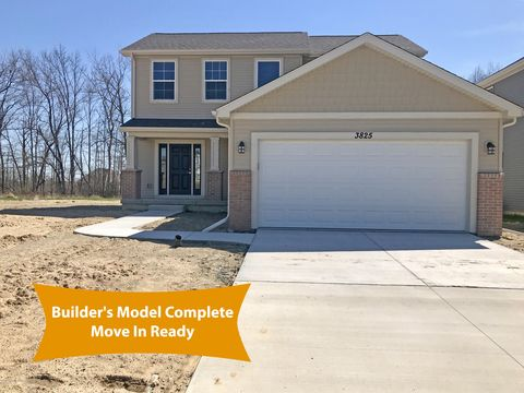 Photo of 3825 Sloan Dr, Holly, MI 48442