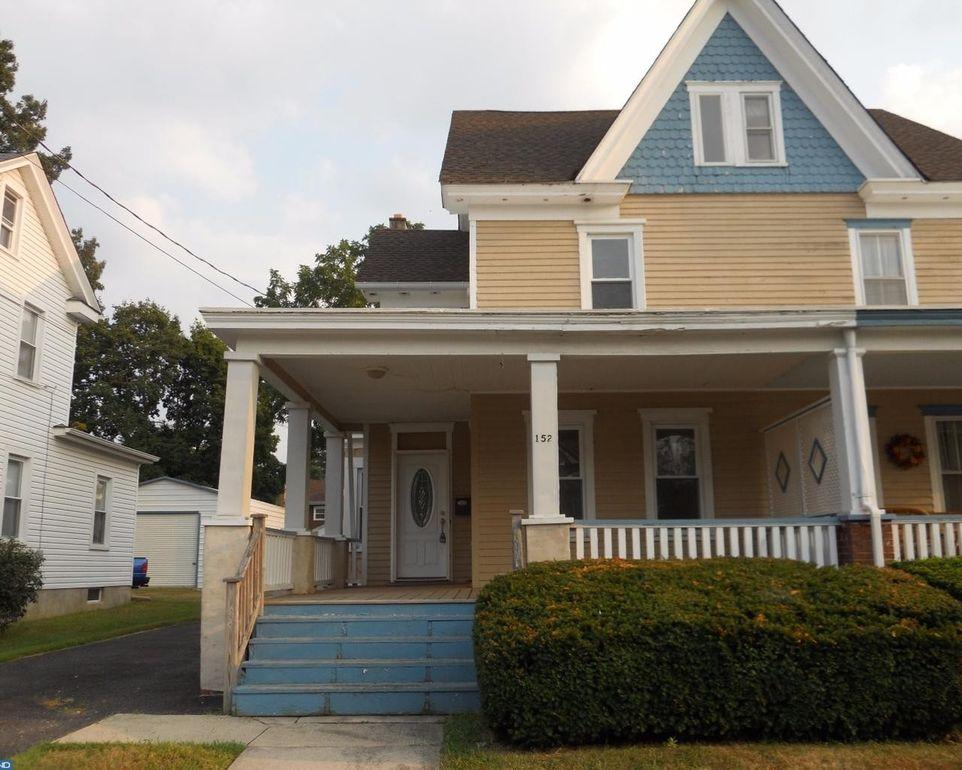 152 Maple St, Clayton, NJ 08312