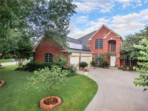 Photo of 2718 Rocky Creek Dr, Mansfield, TX 76063
