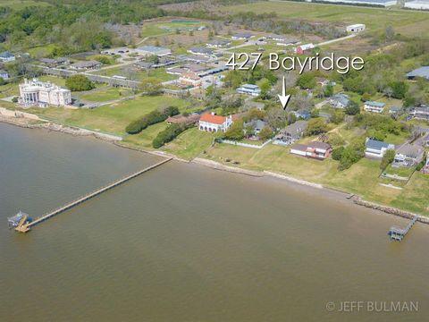 Photo of 427 Bayridge Rd, Morgans Point, TX 77571