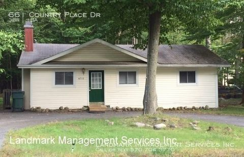Photo of 661 Country Place Dr, Tobyhanna, PA 18466