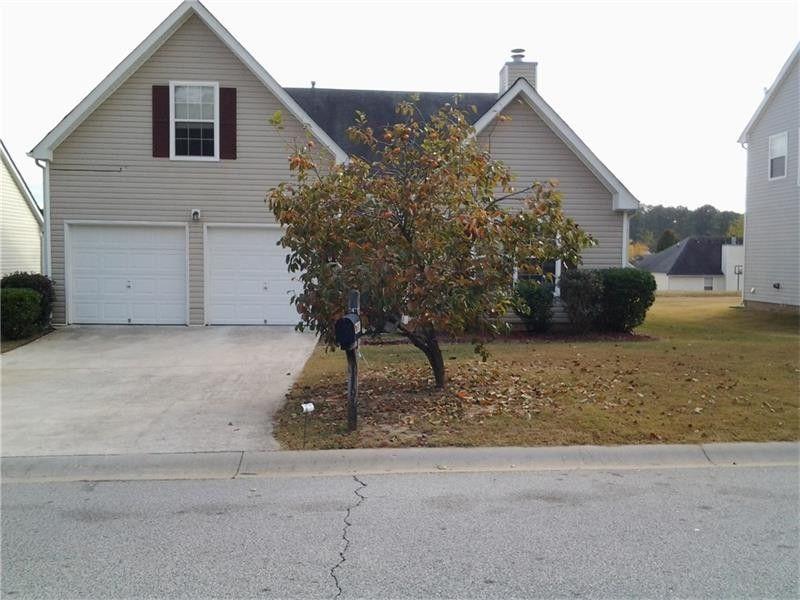 11913 Spring Lake Way, Fayetteville, GA 30215