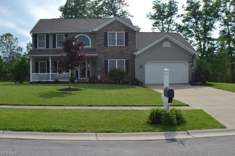 Photo of 180 Huntington Woods Dr, Madison, OH 44057