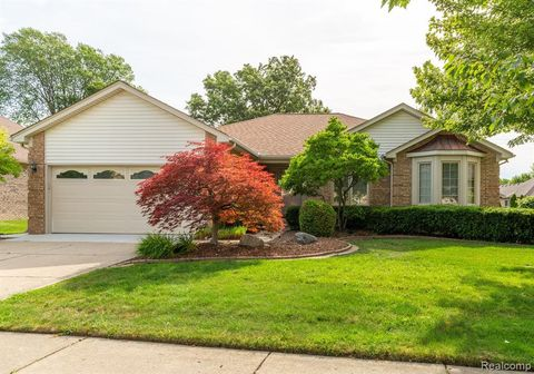 53610 Springhill Meadows Dr, Macomb Township, MI 48042