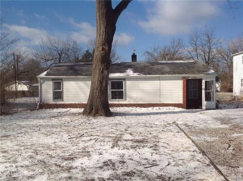 Photo of 1514 S Whittier Pl, Indianapolis, IN 46203