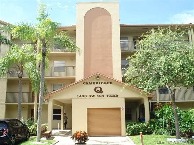 1400 SW 124th Ter Unit 310Q Pembroke Pines, FL 33027