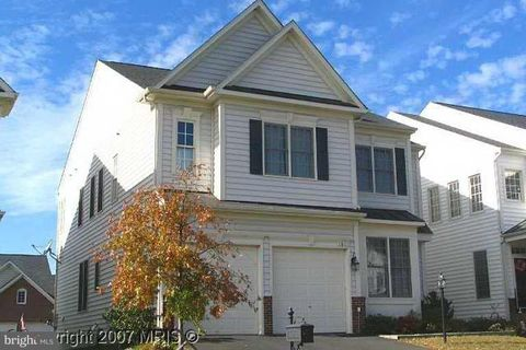 Photo of 4854 Muscogee Ln, Woodbridge, VA 22192