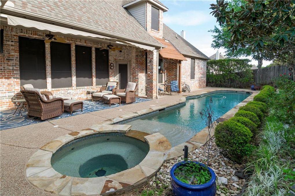 8517 Layna Ct, North Richland Hills, TX 76182