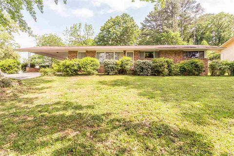 Photo of 4701 Maywood Ln, Chattanooga, TN 37416