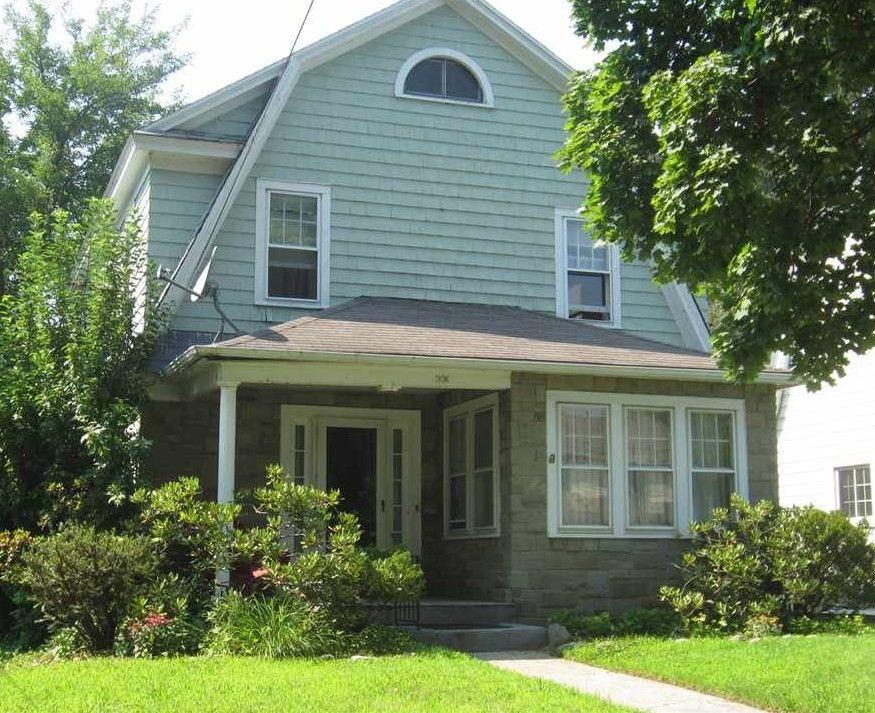 18 Van Schoick Ave, Albany, NY 12208