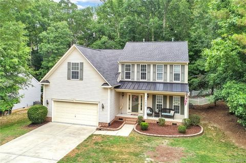 Photo of 1438 Spring Box Ct, Rock Hill, SC 29732