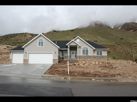 Photo of 3252 N Mountain Rd E, North Ogden, UT 84414