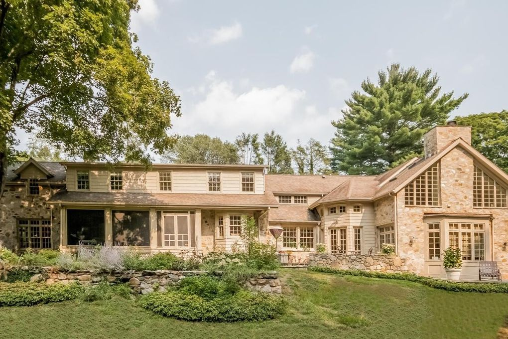 New Canaan Property Records
