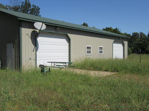 Photo of 4924 County Road 2137, Stotts City, MO 65756