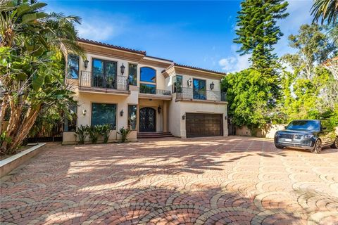 Photo of 13359 Chandler Blvd, Sherman Oaks, CA 91401