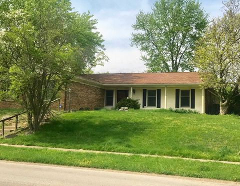Photo of 2303 E Covenanter Dr, Bloomington, IN 47401