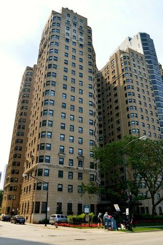 Photo Of 1400 N Lake S Dr Apt 7 G Chicago Il 60610