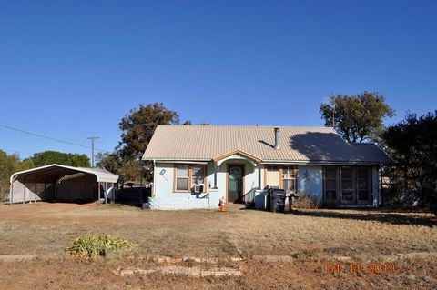 Photo of 324 Rector, Sweetwater, TX 79532