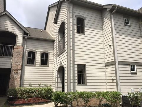 Photo of 350 Emerald Forest Blvd Apt 6204, Covington, LA 70433