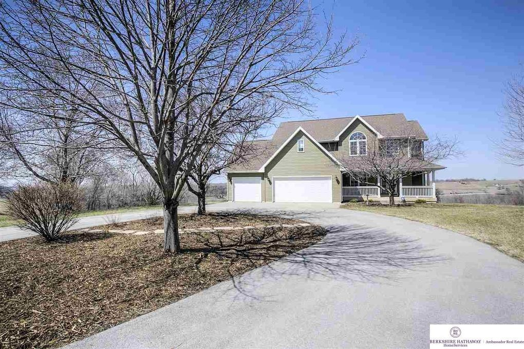 28368 Coldwater Ave, Honey Creek, IA 51542