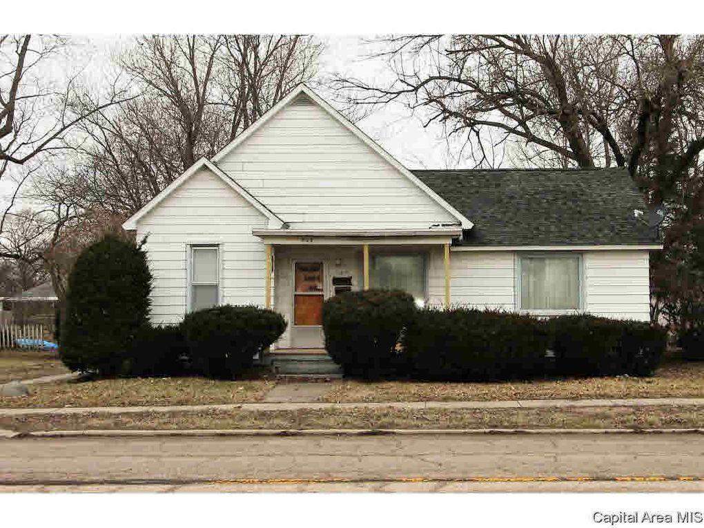 509 S Springfield St, Virden, IL 62690